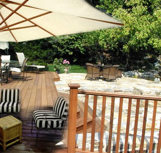 Pleasantville Patio with Umbrella